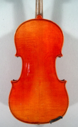 Violon demi de Mirecourt.
