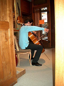 Fitting of cello